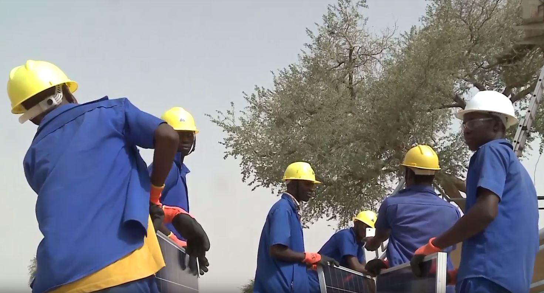 Vidéo chantier école solaire Burkina Faso